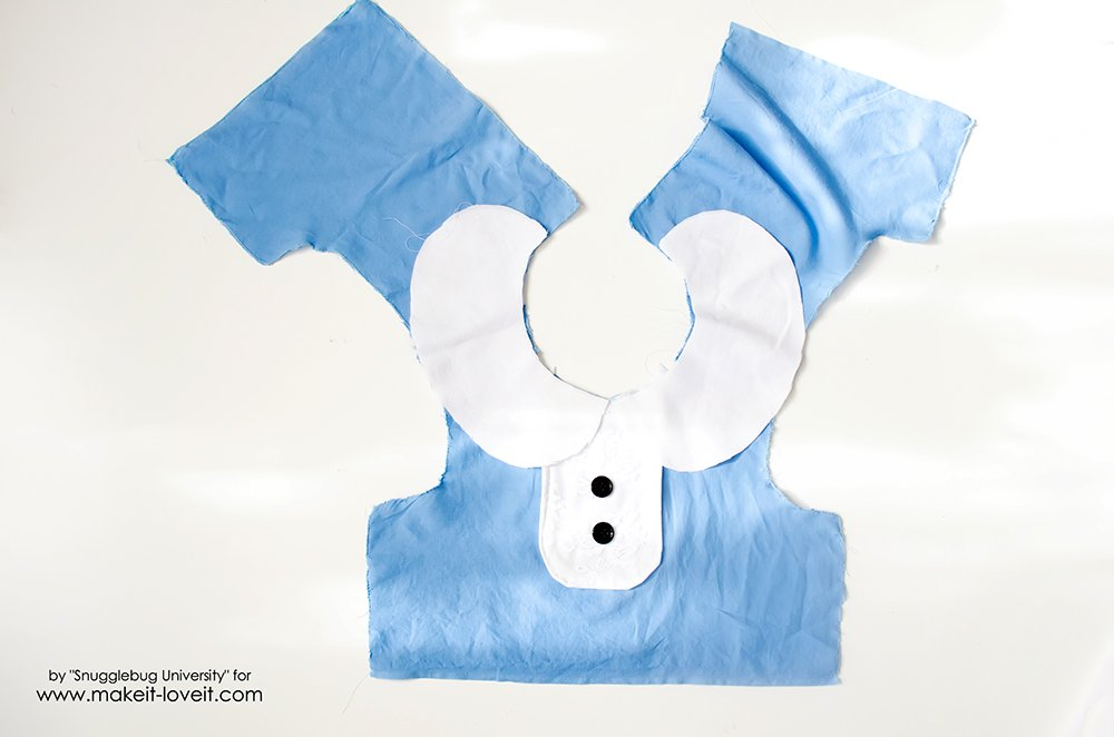 Alice in Wonderland Costumes for the Whole Family (7)
