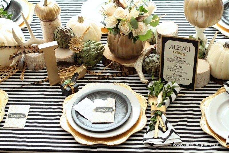 thanksgiving-table-7 & 26 Lovely Thanksgiving Table Decor and Place Setting Ideas | Make It ...