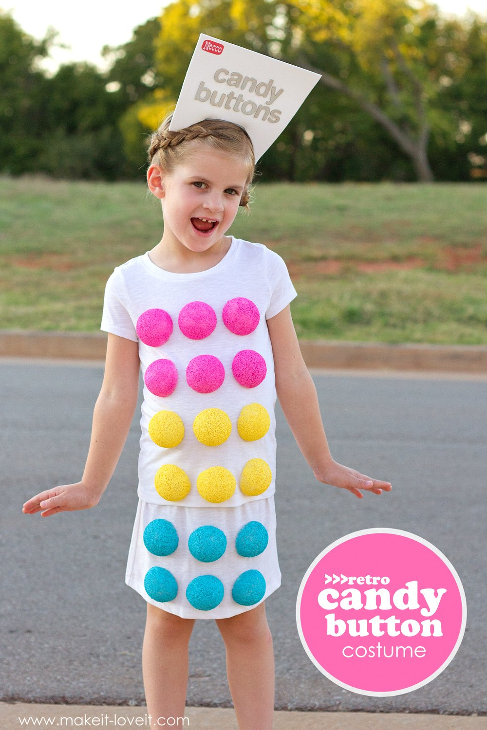 "Make a ""retro candy button"" costume…for halloween!!"