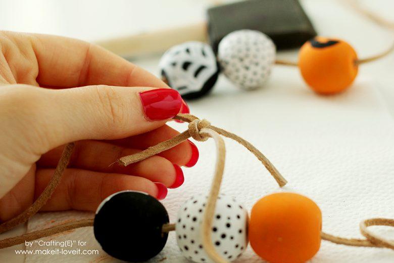 wooden-bead-halloween-necklaces-7