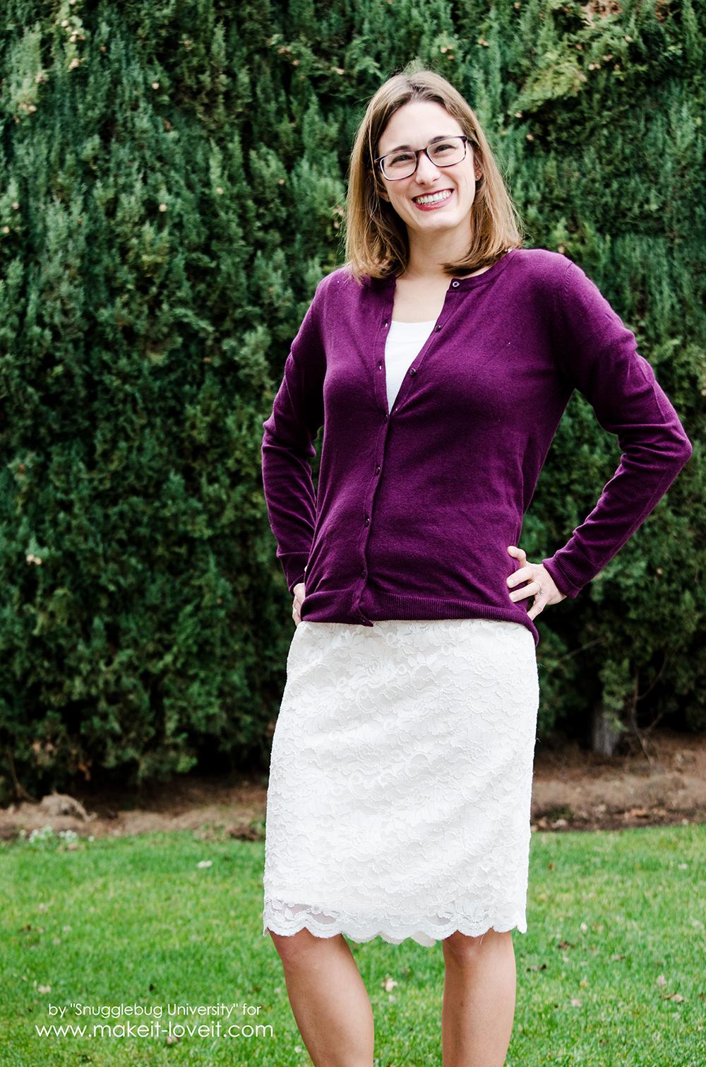 How to make a Gorgeous DIY Lace Pencil Skirt | via makeit-loveit.com