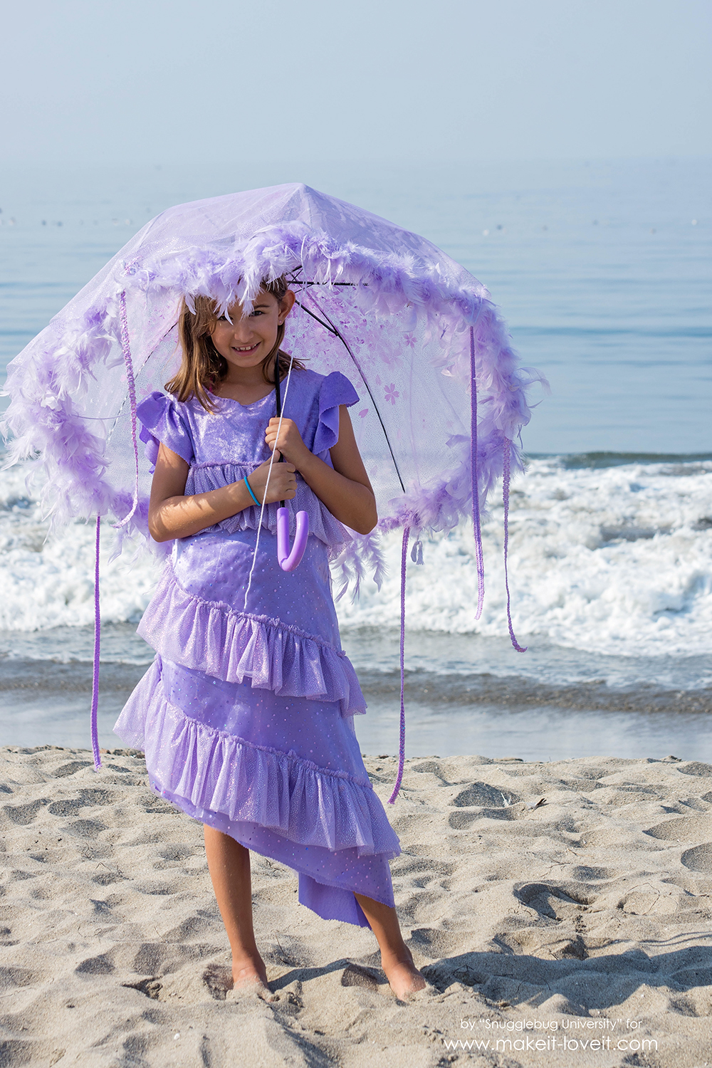 Save & Adorable DIY Jellyfish Costume | Make It and Love It