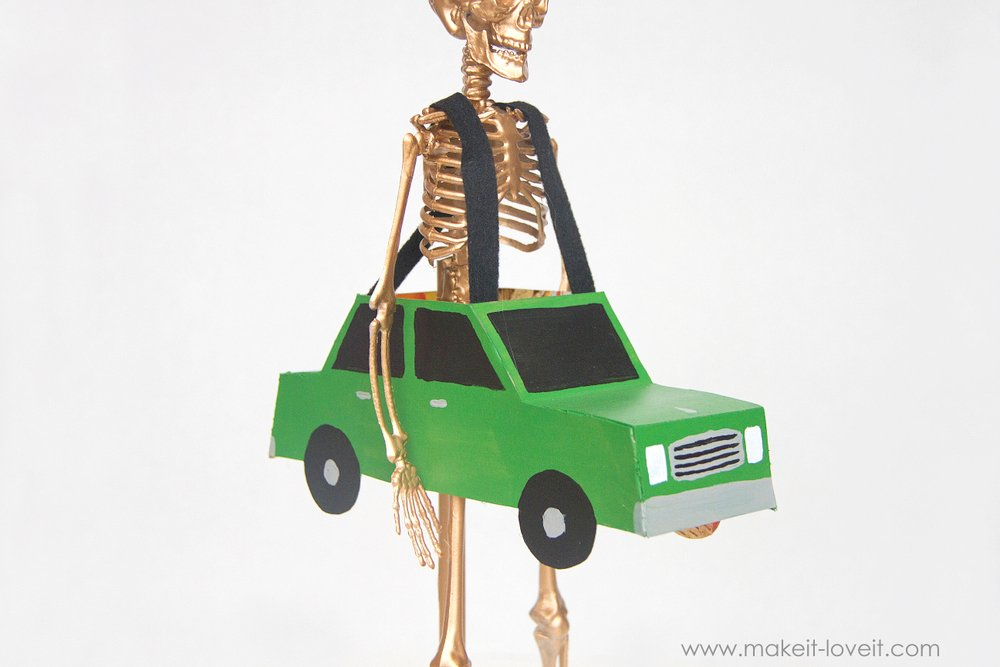 Halloween costume awards - trunk or treat award