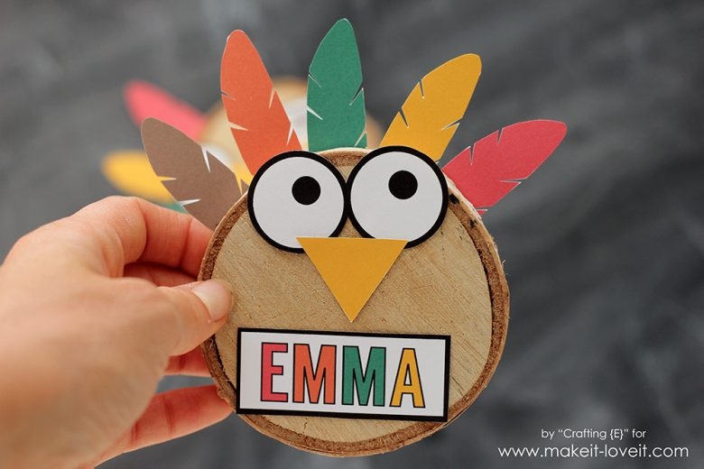 Woodslice turkey thanksgiving place cards