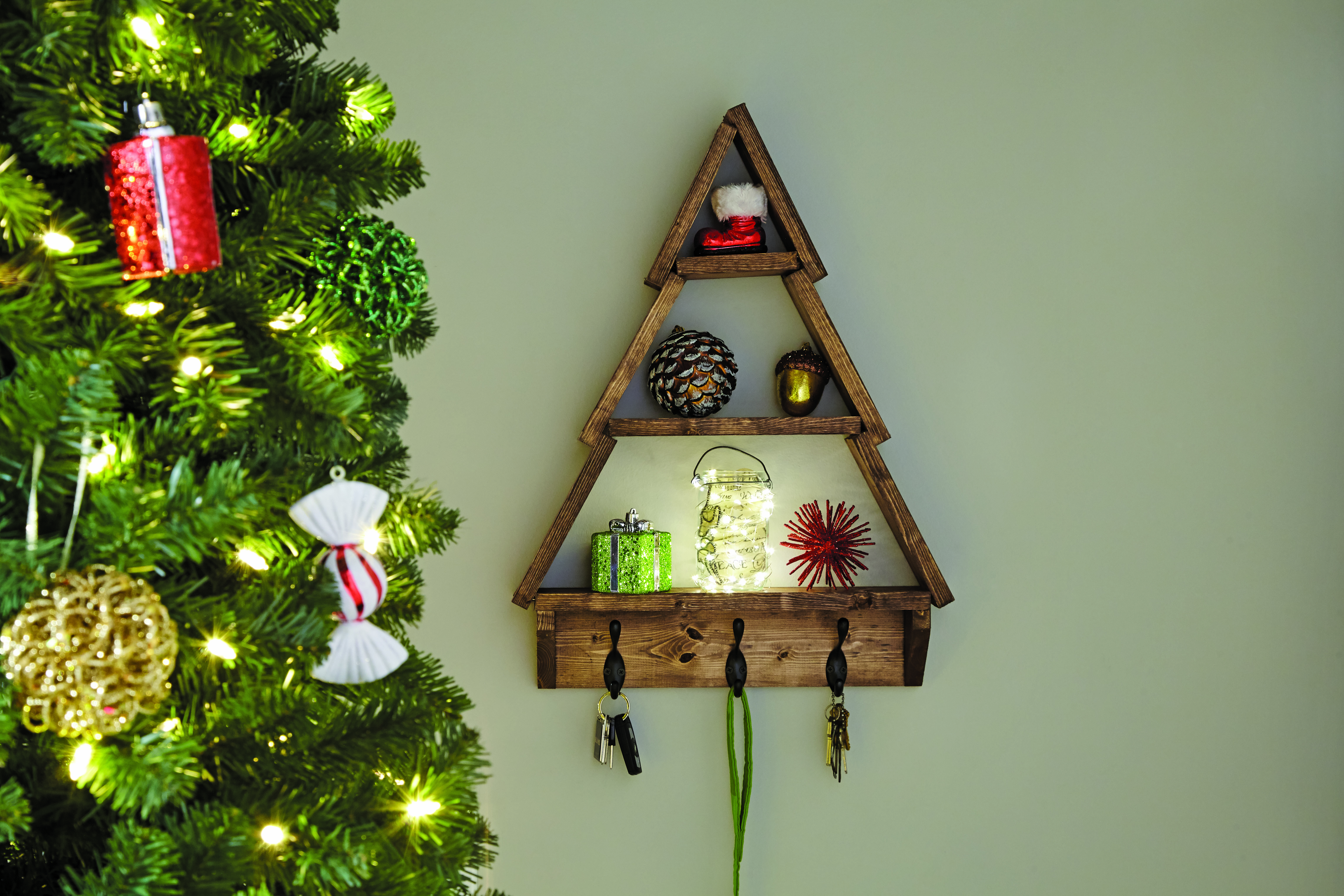 Diy holiday tree shelfwith nativity blocks make it and love it save solutioingenieria Image collections