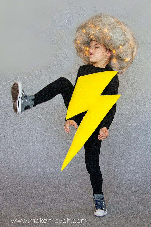 Lightening and storm cloud costume tutorial 3