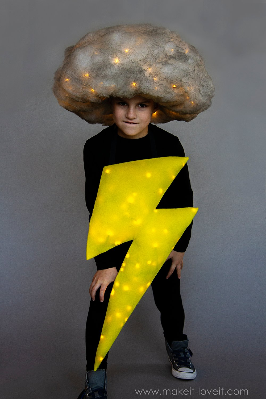 Lightening and storm cloud costume tutorial 4