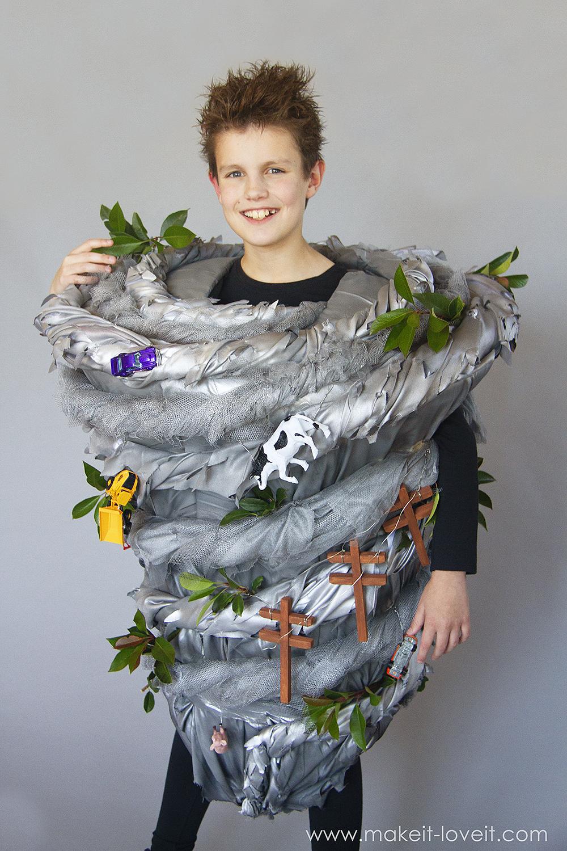 Make a no sew tornado costume 4